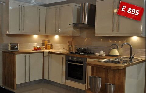 Kitchens slough cheap kitchens slough kitchen units for Cheap fitted kitchens